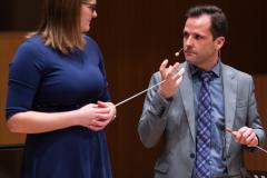 Die Dirigentin Antonia Dehmer im Meisterkurs bei Yves Segers und der Königlichen Musikkapelle der Gidsen, Belgien