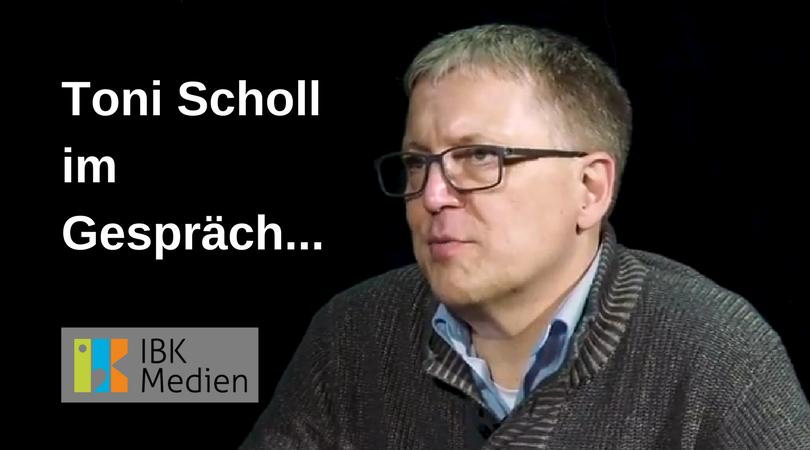 Toni Scholl im Gespräch...